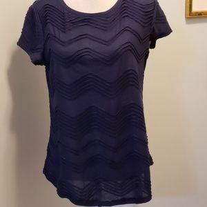 Simply Vera Short Sleeve Top Solid Navy Like New!